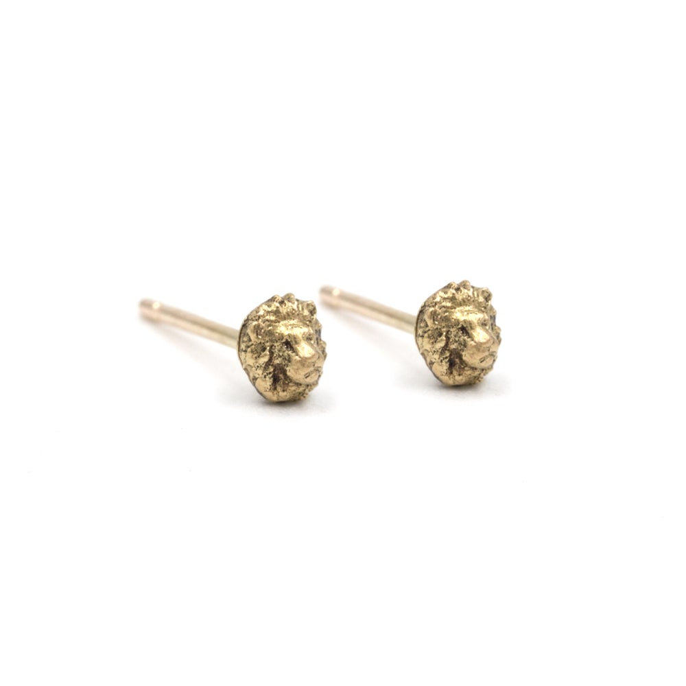 Tiny Lion Studs- 14K Gold
