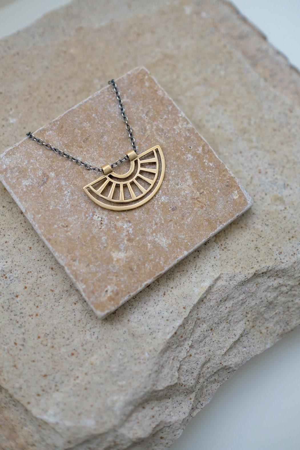 Image of Sunrise Necklace