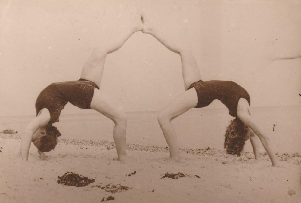 Image of Kotelmann (attr.): Dance exercise, Loheland Schule ca. 1926