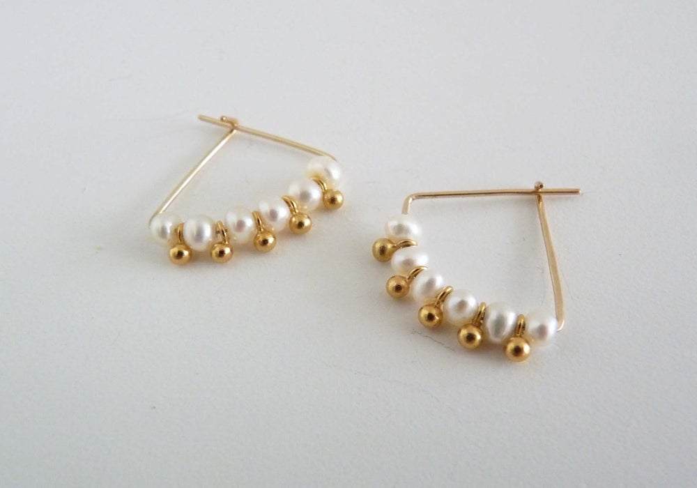 Image of Six pearl earrings