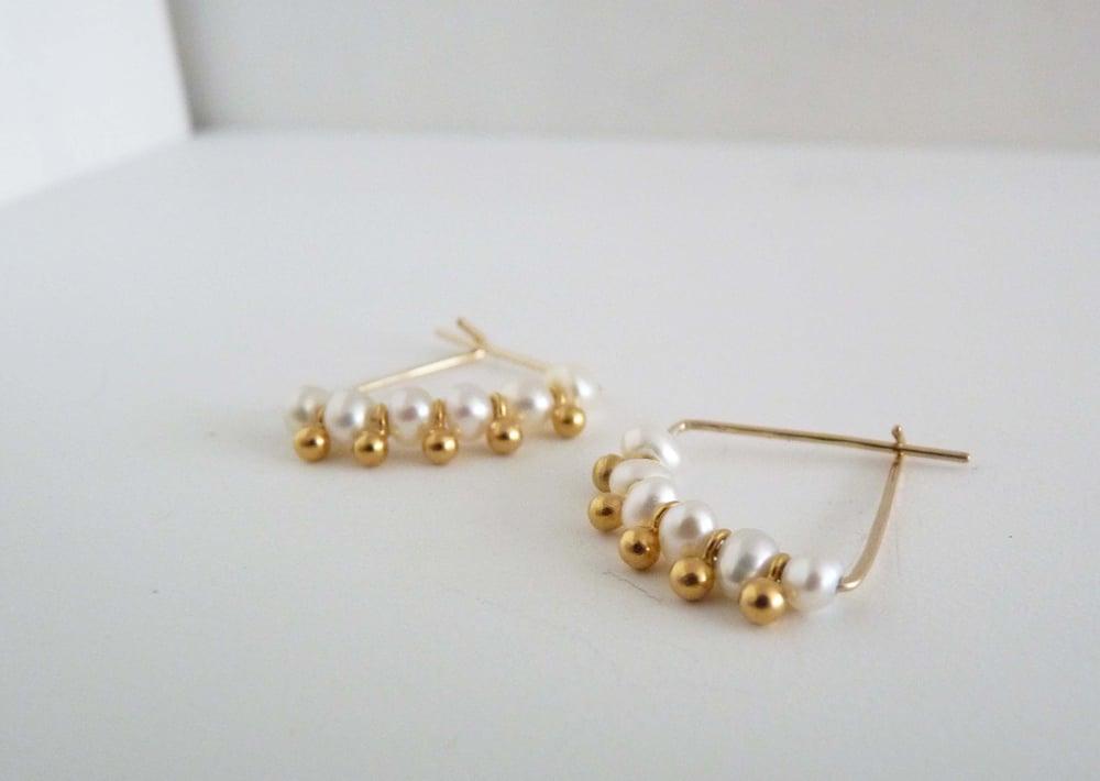 Image of Six pearl earrings
