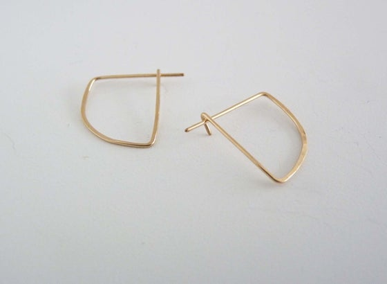 Image of Wedge earring