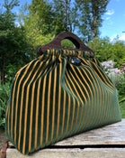 Image of Medium Bag  no pocket  gorgeous stripe!