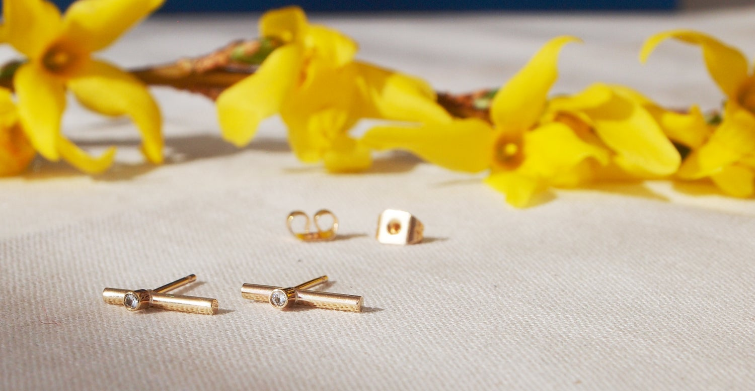 Image of Gold Stud Earrings