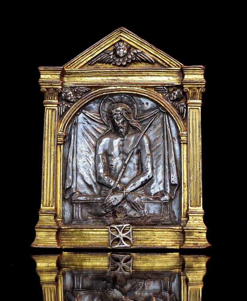 Image of A Renaissance Bronze Spanish Pax depicting the Imago Pietatis