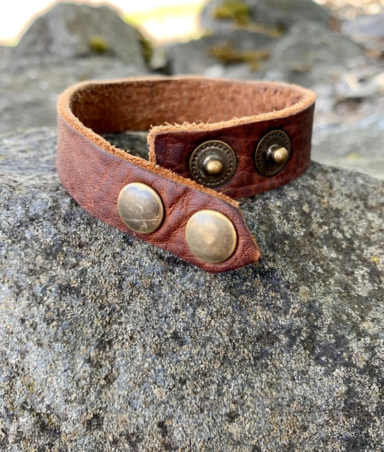 Image of Kodiak Leather  Double Snap Bracelet