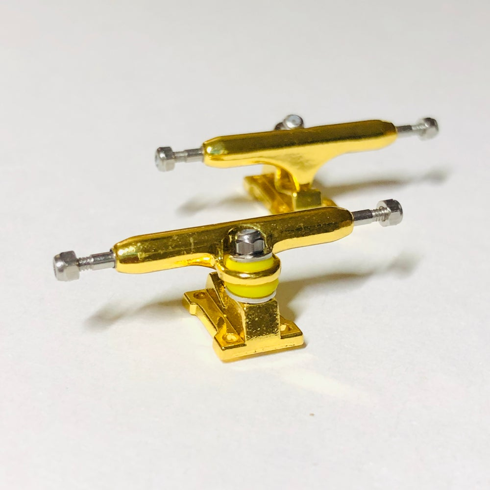 Image of NEW FBC 32mm G3 Trucks