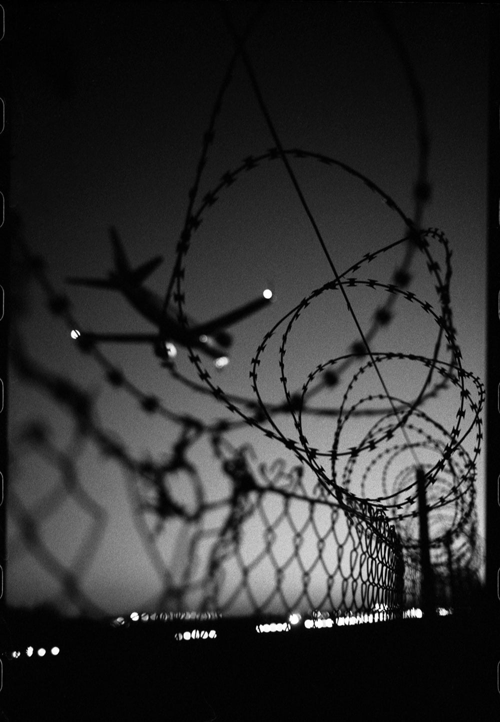 Image of Border wire