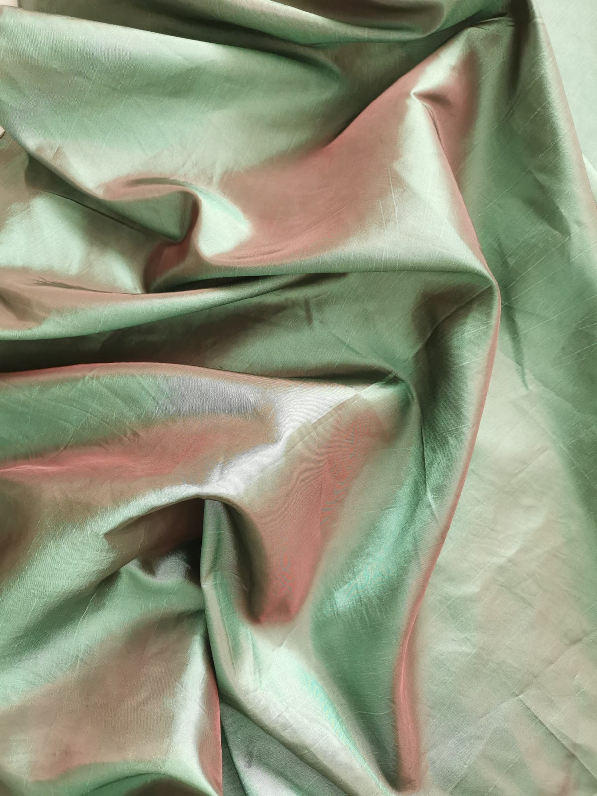 Image of emerald sheen scarf