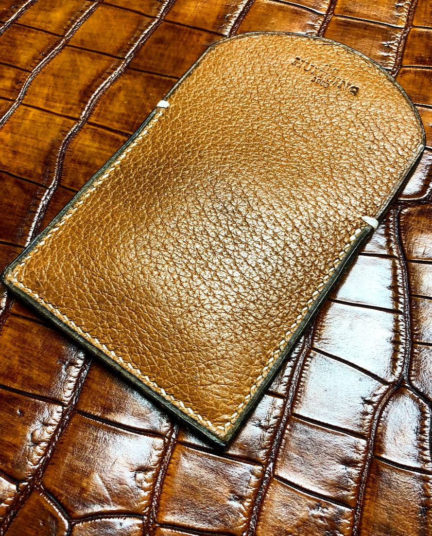 "Image of Slim Pigskin cardholder - ""Keep all"""