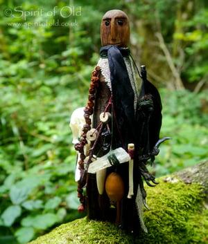 Image of Tree Spirit figure with crow skull (TS040)