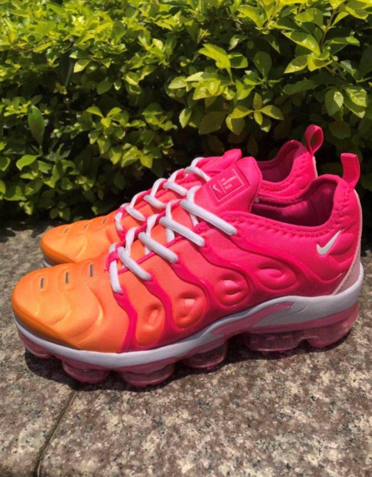 pink and orange vapormax
