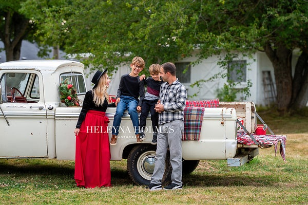 Image of Wild Hearts Farm - Holiday Truck Mini Session