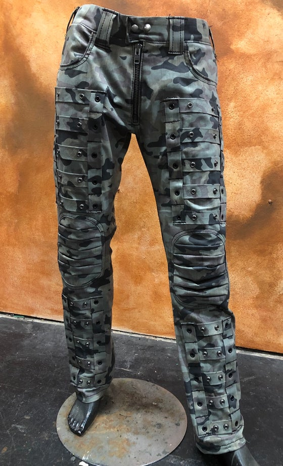 Image of Camo  COD pants with Knee Pad