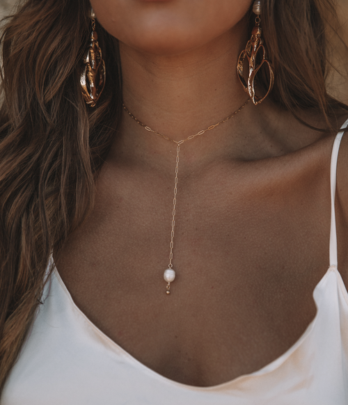 Image of The Pearl Lariat Drop