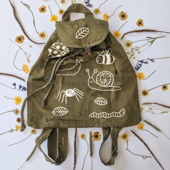 Image of OLIVE CREEPY CRAWLIES RUCKSACK