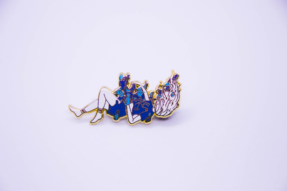 Image of Bubble Enamel Pin ver. 1