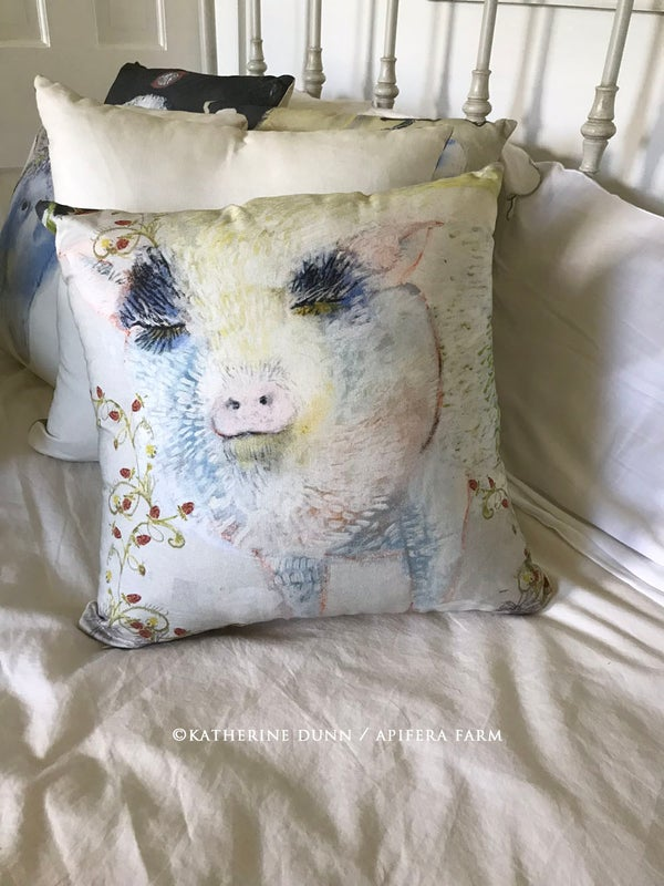 Image of Wisdom Pillow: Dreaming Pig