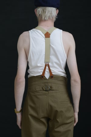Image of HIGH WAISTED TROUSER - FAWN