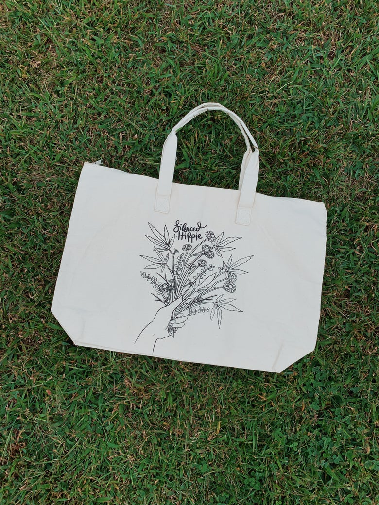 "Image of Zipper Tote Bag - Weedy Wildflower (21"" x 14.5"" x 5.5"")"