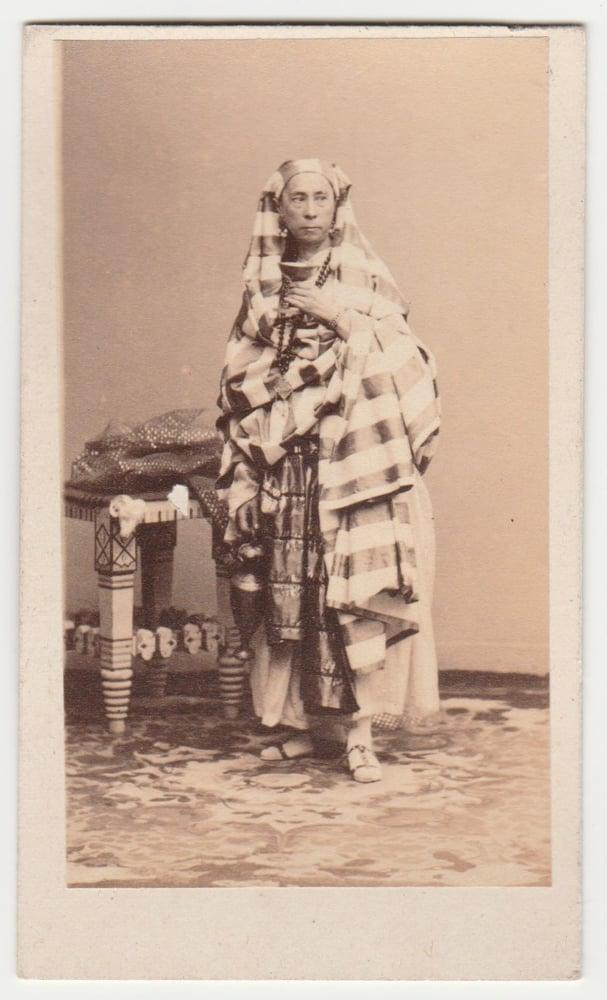 Image of Disdéri: portrait of Aline, actress opéra Paris, ca. 1860