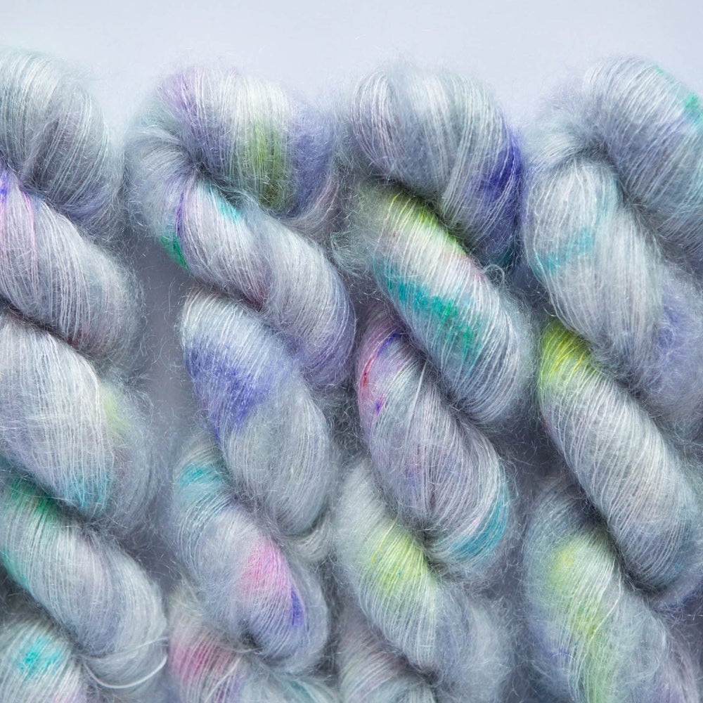 Image of Fluffy Lace - Pez Globo