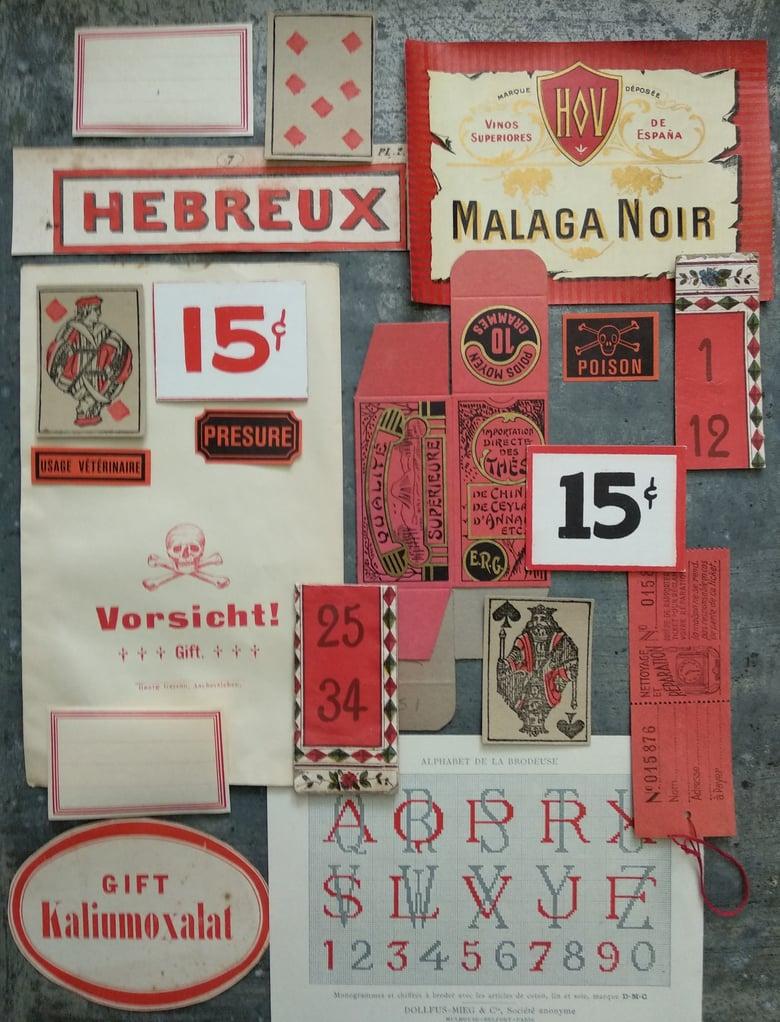 Image of Ephemera pour scrapbooking en gris et rouge