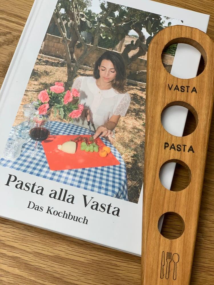 Image of Pasta alla Vasta Kochbuch + Spaghetti Maß