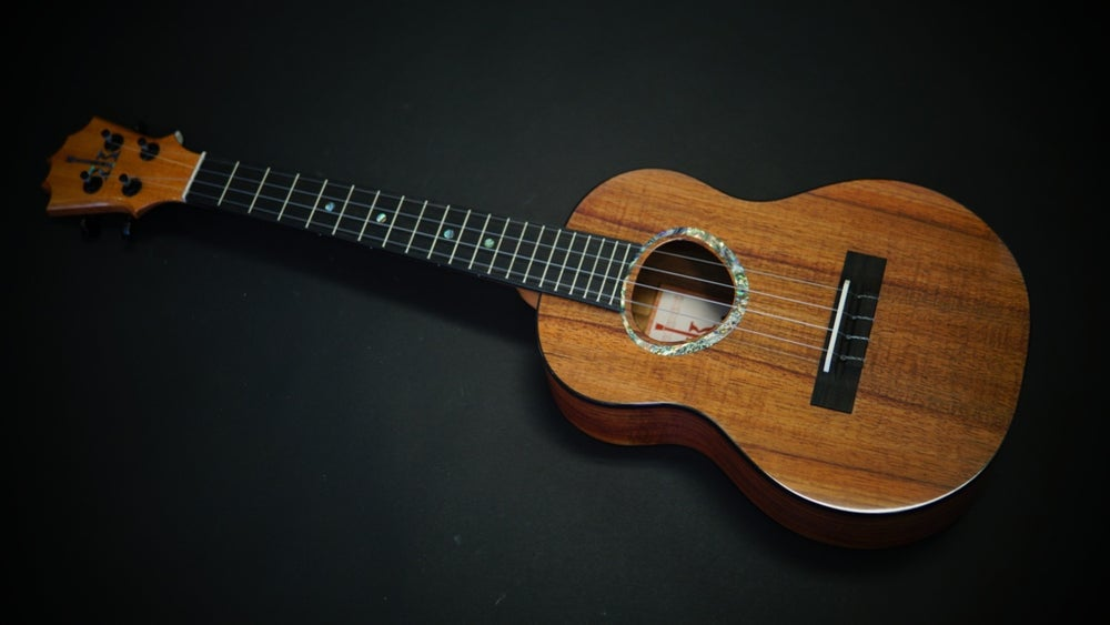 Image of KoAloha KTMR-00 Custom Rosette Tenor