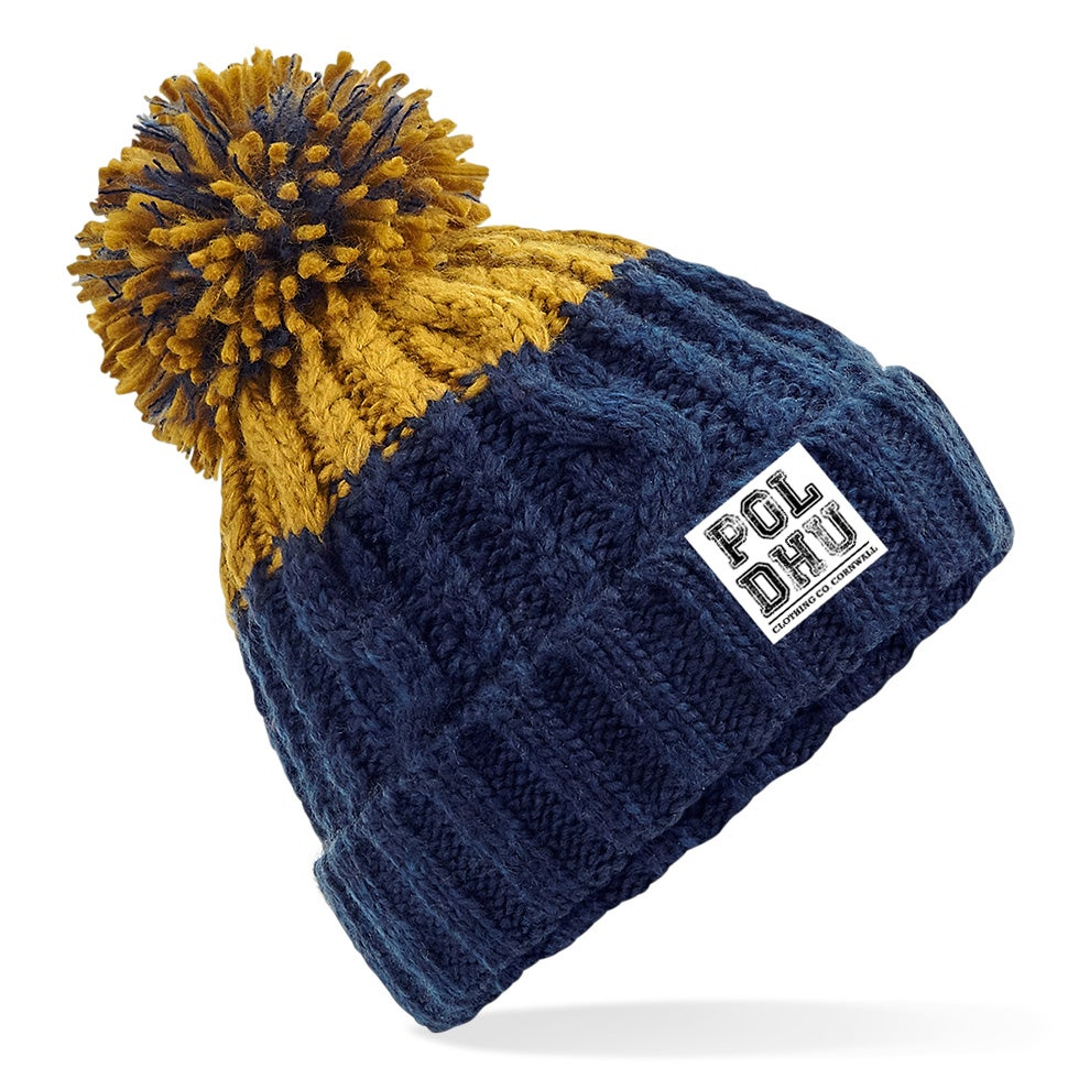 Image of MUSTARD TIP CHUNKY BOBBLE HAT