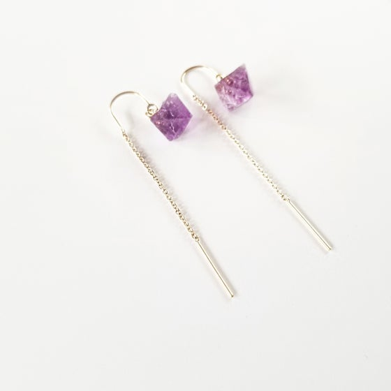 Image of Poise light earrings with reverse drop