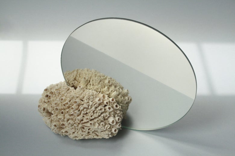 Image of CORAL.LESS vanity mirror WHITE