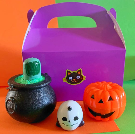 Image of Kid's Halloween Surprise Bath Box