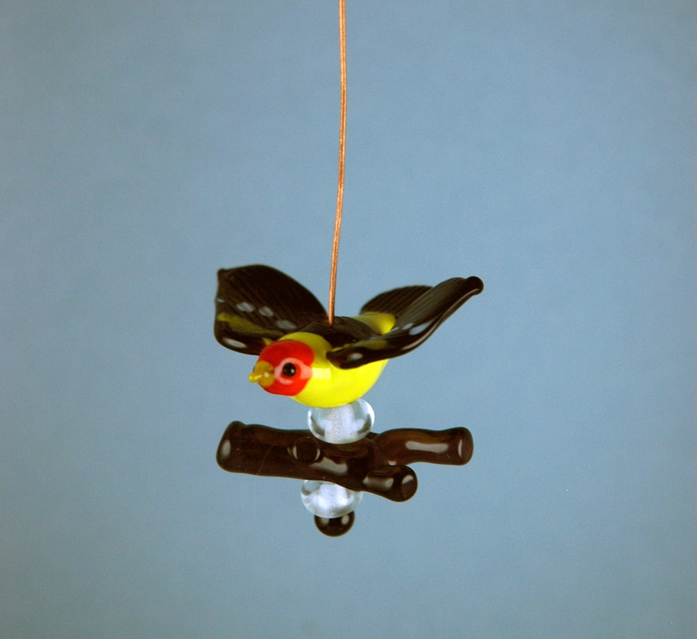 Image of Flying Western Tanager set & bail (6 beads)