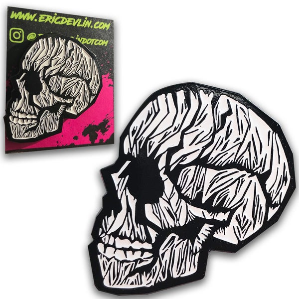 "Image of ""Skull"" Enamel Pin"