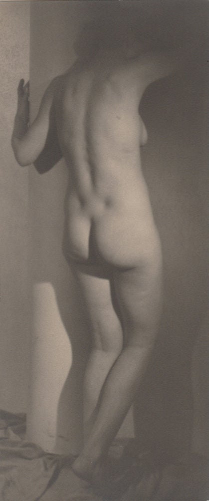 Image of Willy Kessels: standing nude, Brussels ca. 1930