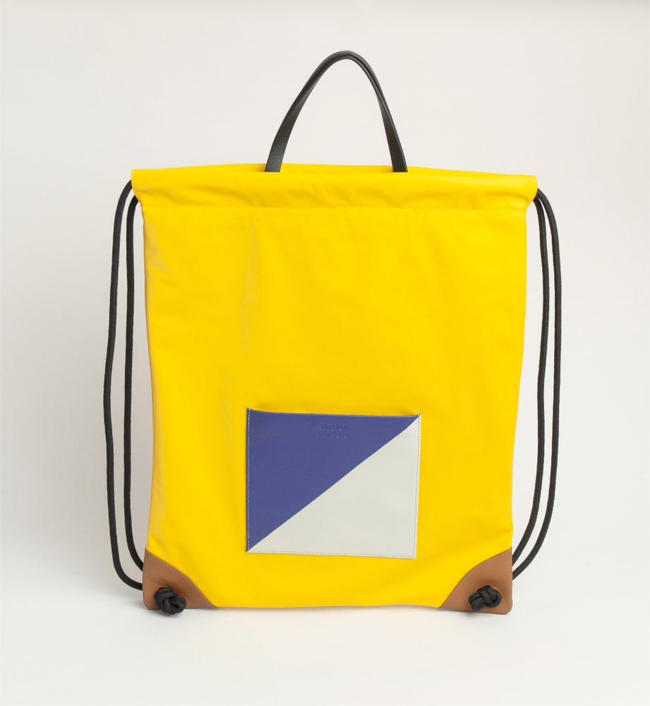 Image of The square - Drawstrig Backpack • Yellow