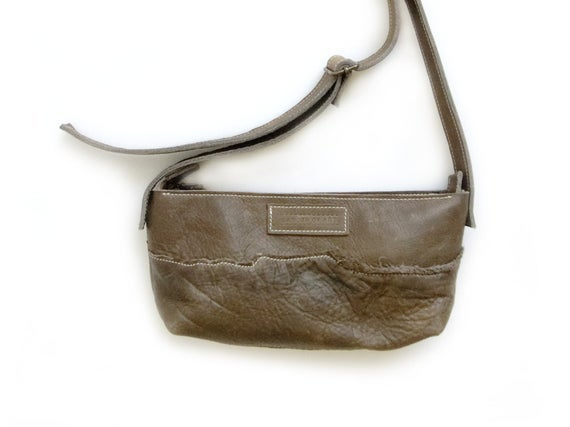 Image of Grey Pebbled Leather Zipbag