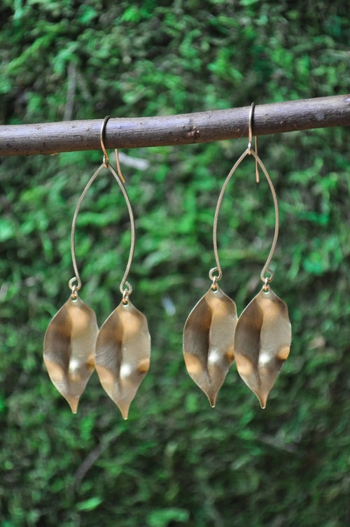Image of The Twin Leaf Dangles