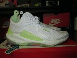 "Image of Nike Joyride CC3 Setter ""Pure Platinum/Barely Volt"""