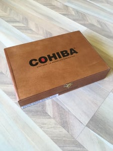 Image of Cohiba Lonsdale Grande IMPERFECT