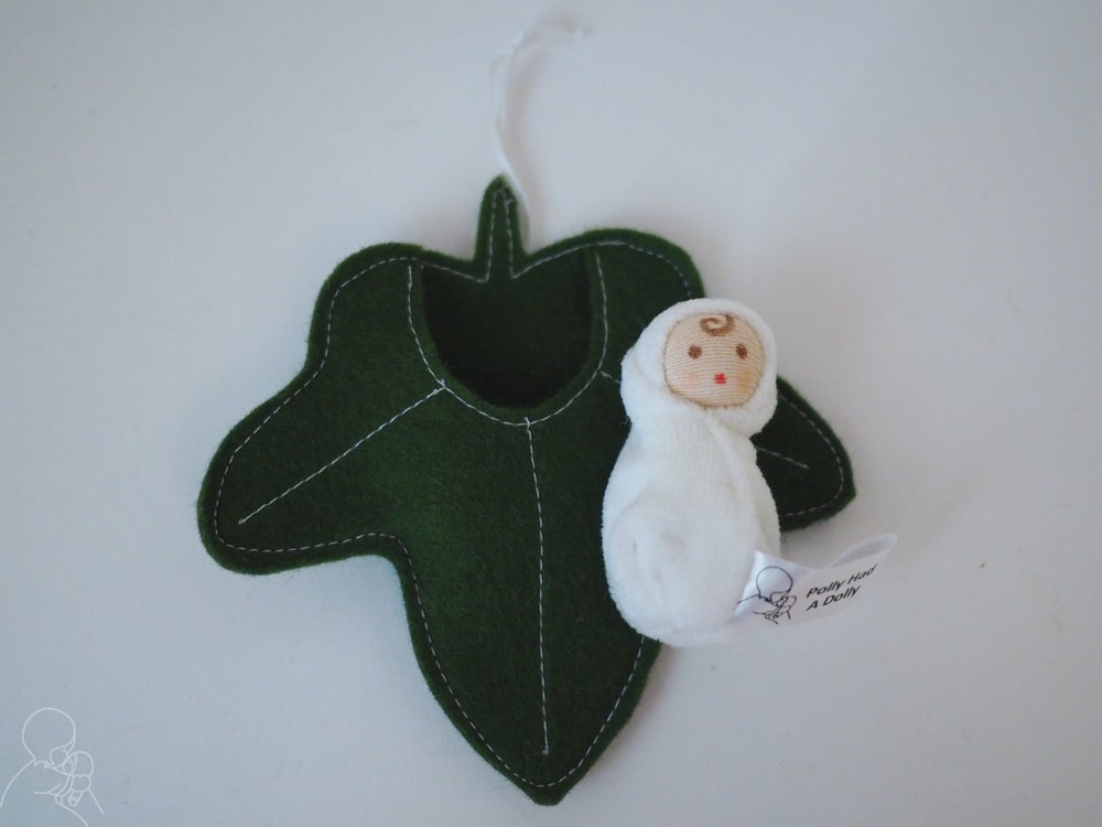 Image of Ivy leaf baby