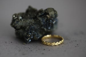 Image of 3mm width, 18ct gold Laurel leaf carved ring