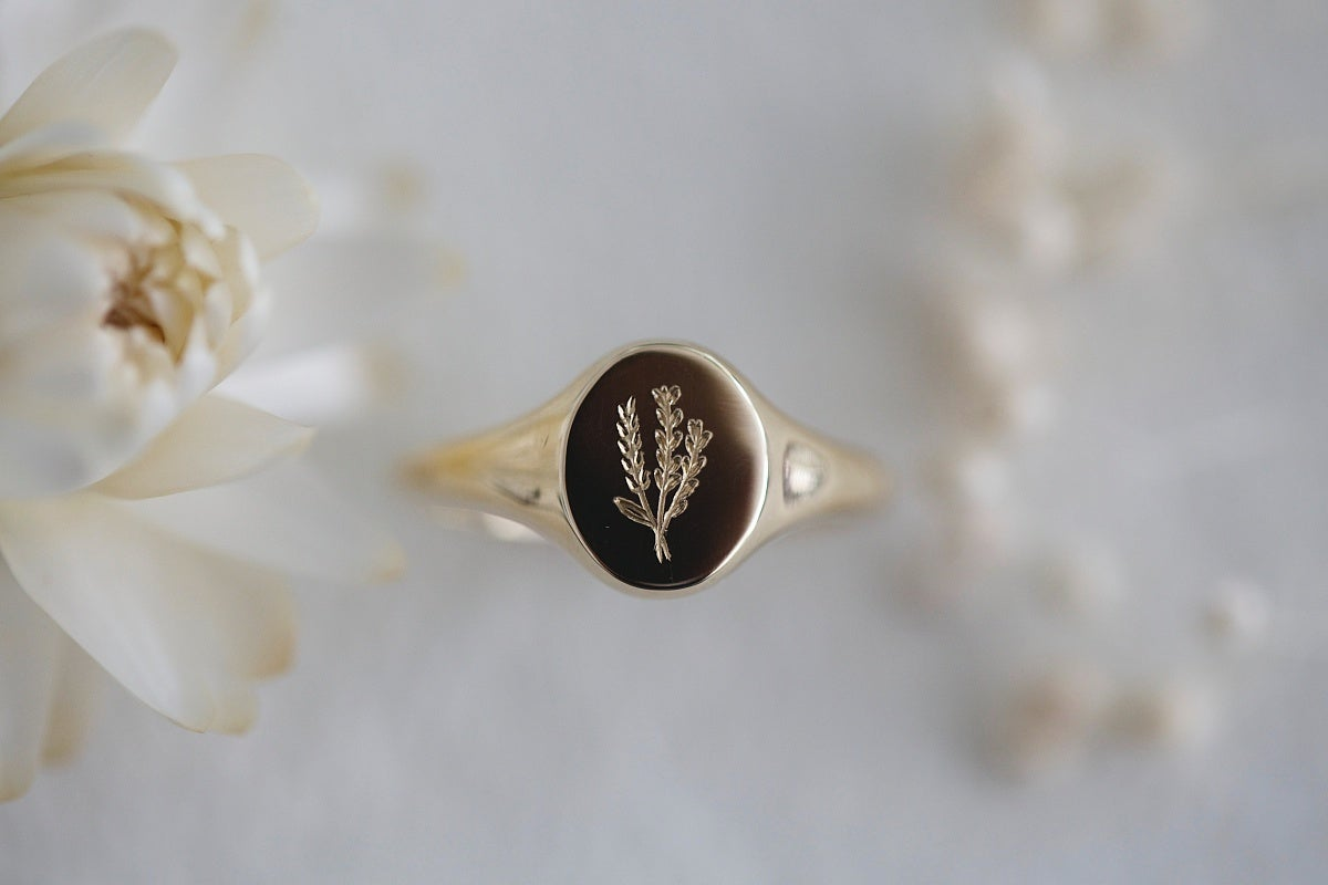 Image of Botanic lavender engraved signet ring