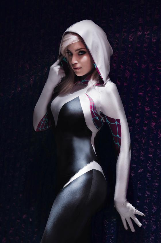 Image of Destiny Nickelsen Signed Photo - Spider Gwen