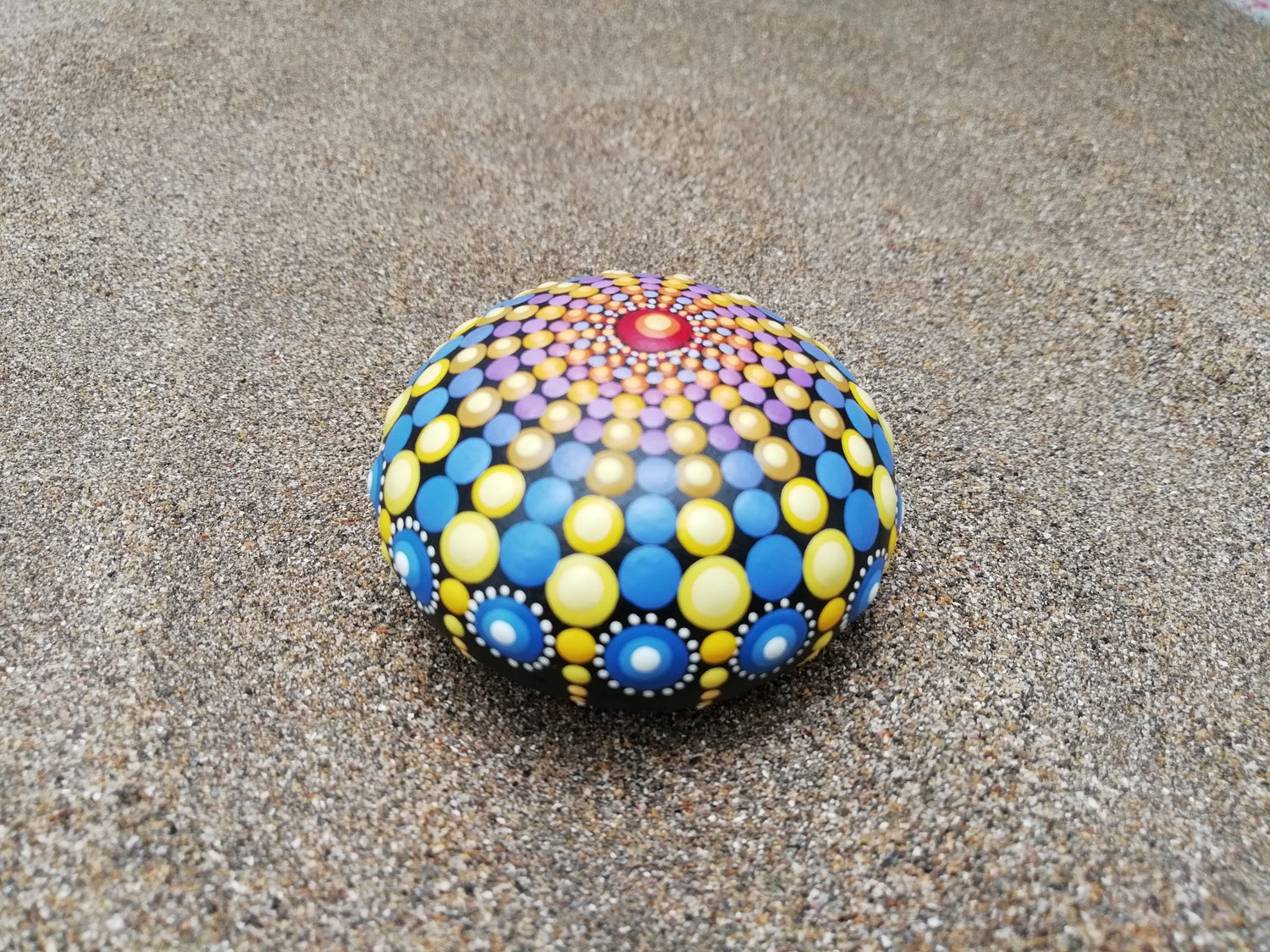Image of Sea urchin stone Yellow and Blue - Dot Art by Alberto Martin