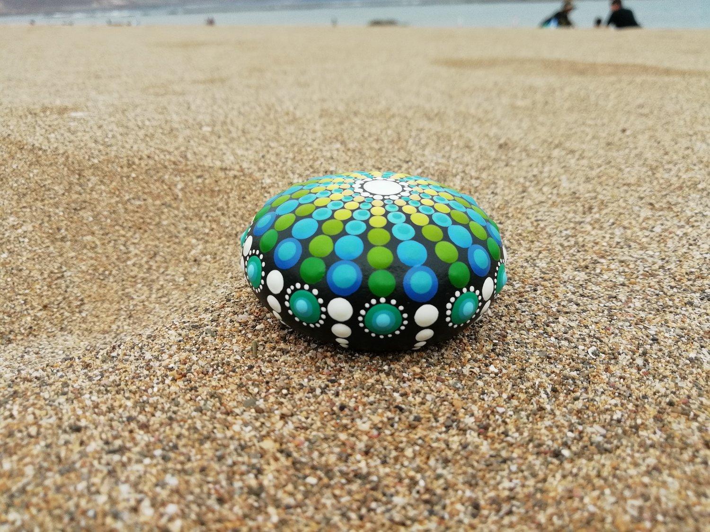Image of Sea urchin stone 11 Blue, green, white - Dot Art by Alberto Martin