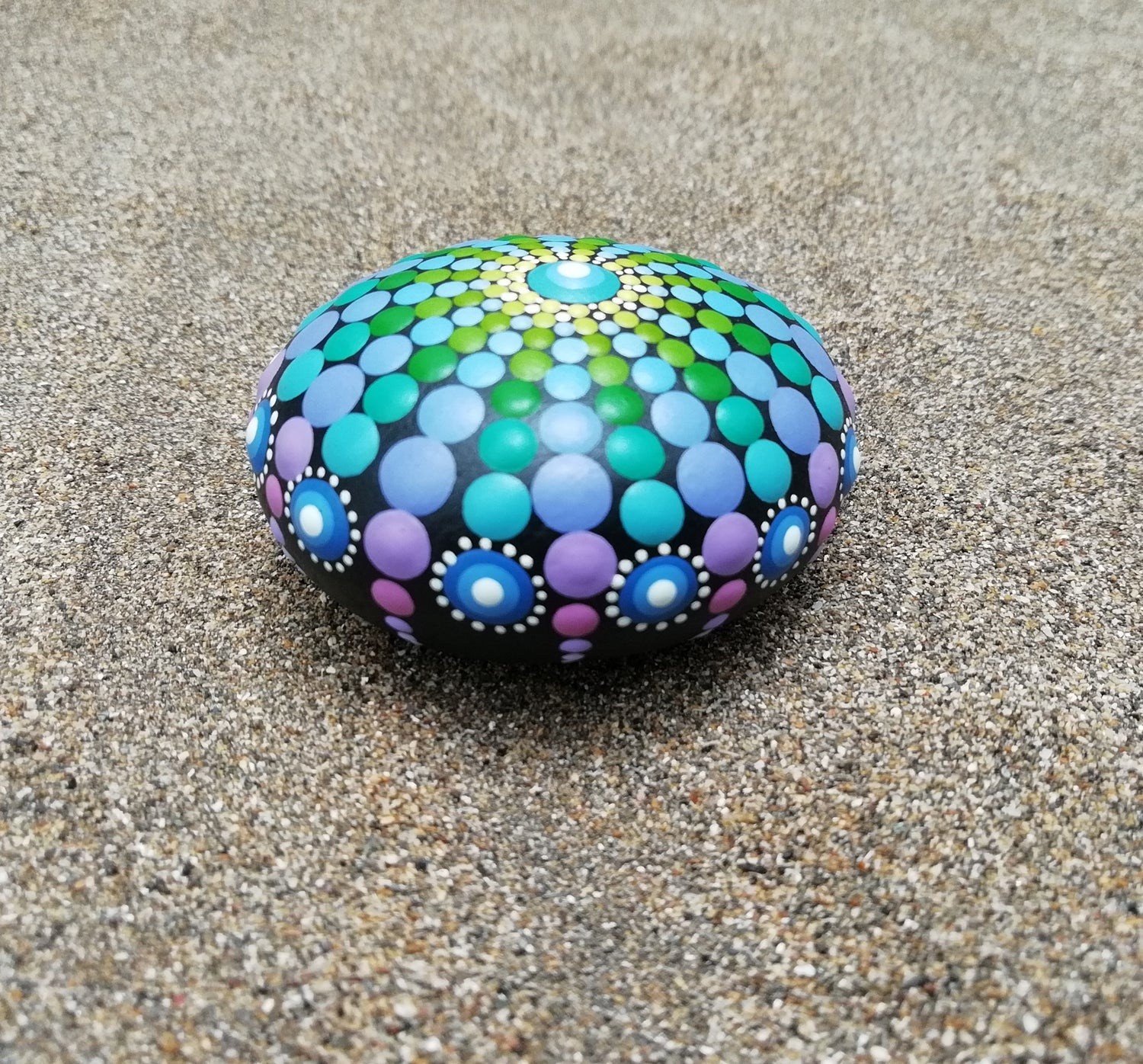 Image of Sea urchin stone 16 Blue, purple, green - Dot Art by Alberto Martin