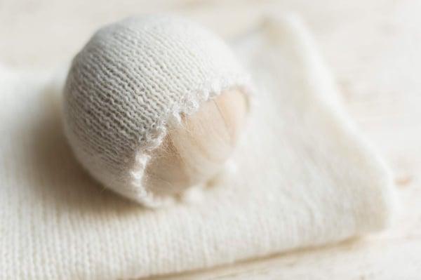 Image of {New!} Bauble Edge Milk Cream Bonnet