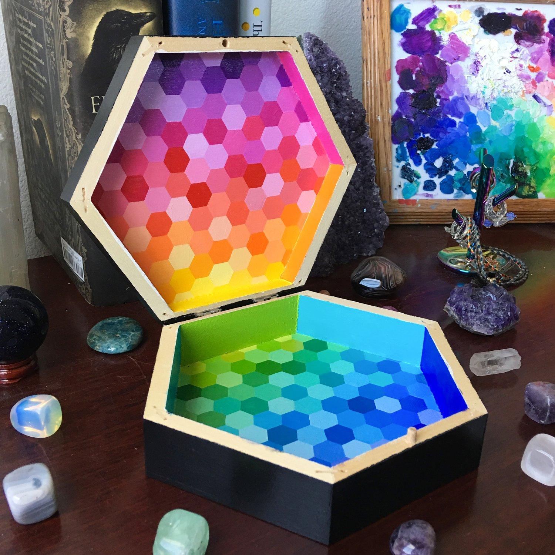 Image of Custom hexagon box 3